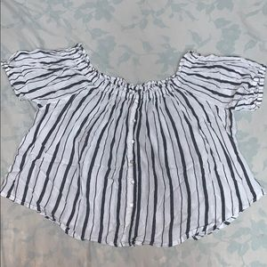 F21 Off the shoulder black&white flowy striped top